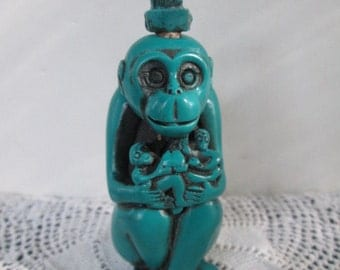 Chinese Monkey King Figural Snuff Bottle