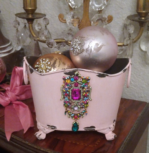 PINk metal bEjEwELeD bin bucket bowl vase * Fit for a Queen~ chippy shabby decor TIN