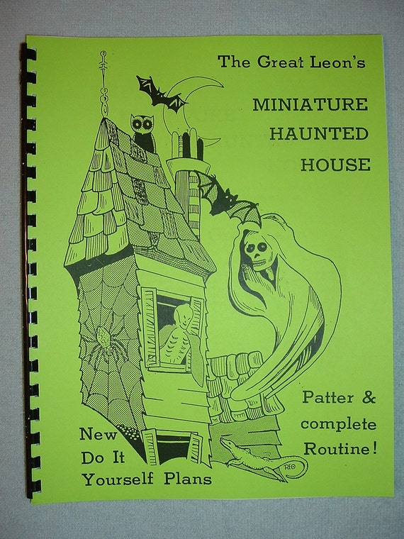 The Great Leon Miniature HAUNTED HOUSE Illusion Plans Magic Book