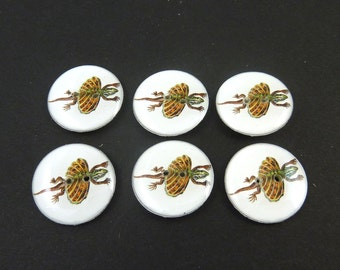 "6 Flying or Jumping Lizard Sewing Buttons.  Handmade Buttons. 3/4"" or 20 mm round. Handmade by Me.  Washer and Dryer Safe."