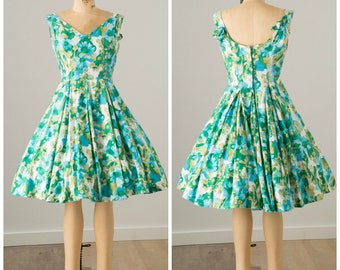 1950s Blue and Green Cotton Floral Print Dress with Full Skirt