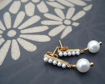 Ivory pearl earrings , mini pearl earrings , drop earrings , pearl drops , gold earrings , bridesmaid jewelry, wedding jewelry