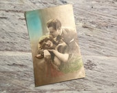 Romantic French Postcard . Sweetheart Card . French Lovers Postcard . French Vintage Postcard . Vintage French Romantic Couple Postcard .