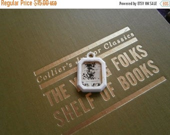 Sale 20 Off Cracker Jack Charm Davy Crockett Gumball Prize Picture Locket  Vintage RARE