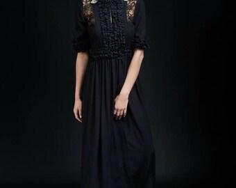 Rhaea Ruffle Dress in Black & Gold