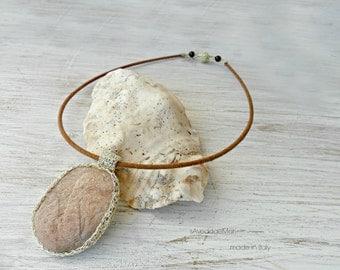 stone necklace sea, pendant wire crochet, made in Italy, Sardinia, handcrafted jewelry, Italian jewelry, unique jewelry