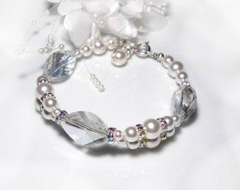 Bridal jewelry bracelet white wedding, Bridal jewlery bracelet white pearls wedding pearls