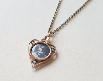 Gouregous Romantic 1930s Gilt Photo Locket (F809)