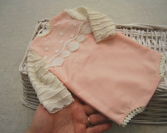 Coral Pink Newborn Romper; Cream Ruffle Sleeves Romper; Lace; Newborn Girl Outfit Prop; Newborn Photo Prop; Newborn Prop
