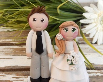 Cake characters in marriage (wedding cake topper)