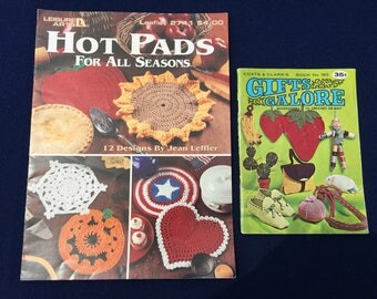 Crocheted Hot Pads for All Seasons and Gifts Galore Books
