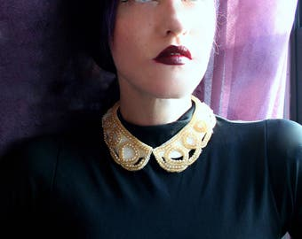 Pretty! Vintage Faux Pearl Beaded Peter Pan Collar Bib Necklace. Satin Fabric Backing. BAAR & BEARDS INC. Japan Vintage. Pear Collar. Choker