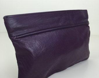 dark plum purple soft leather zippered pouch clutch 80s