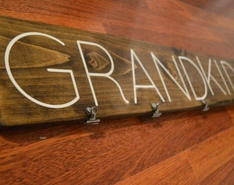 "Wood ""Grandkids"" Sign with Clips for Pictures"