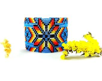 Light blue bracelet Beaded bracelet Sky blue bracelet Blue gift Ethnic bracelet Womens gift bracelet Floral bracelet Huichol bracelet