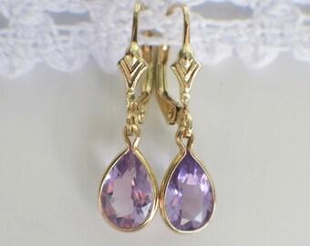 Vintage Dangle Drop Bezel Pear Shaped Amethyst 14K Yellow Gold Earrings