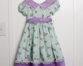Girls 5:  1950s Floral Print and Lavender girl's dress, Organdy and Lace Trim, Back Sash, Matching Bonnet