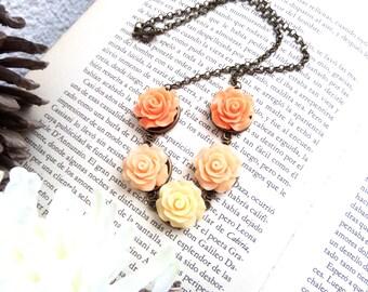 Blush Peach Necklace Peach Bridal Jewelry Coral Wedding Favors Peach Bridesmaid Apricot Flower Jewelry for Women Memorial Flower Jewelry