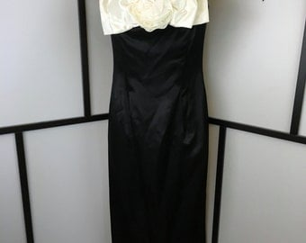 Jessica McClintock, Gunne Sax, Vintage Formal Dress, Black and White, Floral Dress, Off the Shoulder, Fitted Dress, Small