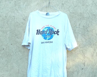 Oversized 90s Hard Rock Cafe Grunge Distressed T-Shirt