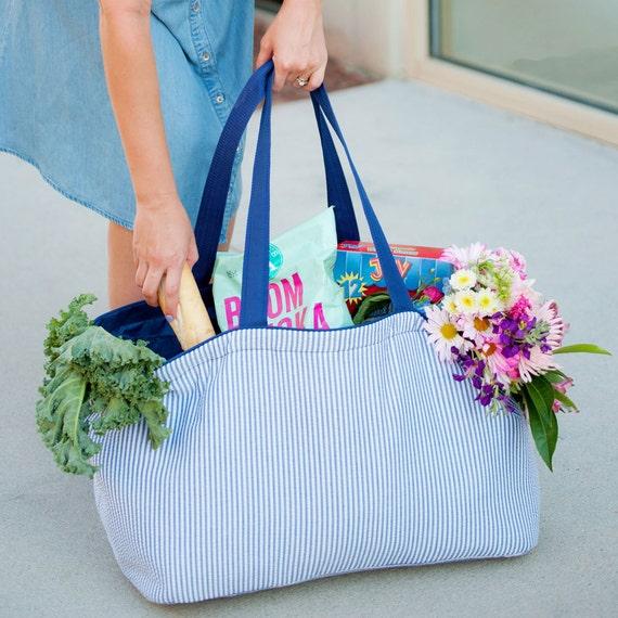 Monogrammed Tote Bag, Navy Seersucker Tote, Large Tote, Monogrammed Bag, Personalized Tote, Personalized Gift, Bridesmaid Gifts, Weddings