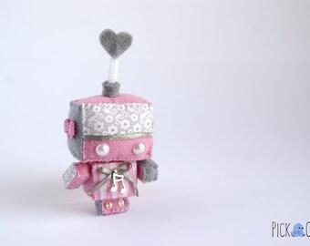 Q-t Bots Pinky Melody