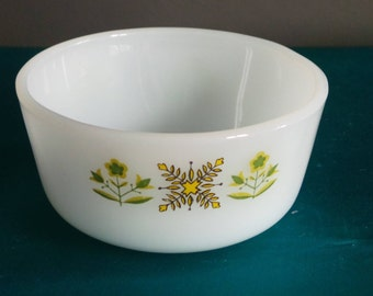 Vintage pyrex - Anchor  Hocking Fire - King Meadow Green pattern  ramekin