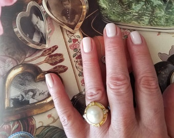 Mabe Pearl/Diamond/14K Gold Ring (size6.5) and Matching Earrings(pierced)