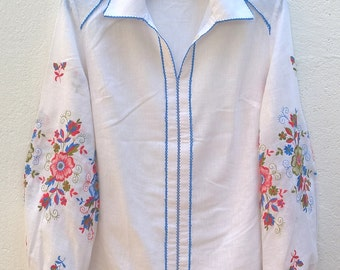 Vintage boho embroidered blouse Size 40 FR