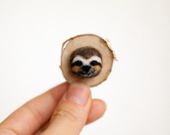 Cute sloth pin brooch Needle felt Sloth face Woodland animal Sloth jewelry Sloth gifts Sloth love Holiday Gift Faux Taxidermy Sloth portrait