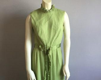 60s mod empire waist mandarin collar sleeveless bow tie maxi formal green event dress womens medium M lime lace metal zipper vintage BETHS