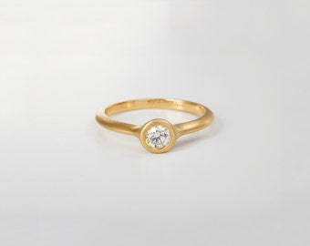 Large Dainty Diamond Ring, Simple Engagement Ring, 18k 14k Round Diamond Solitaire Ring Yellow Gold Engagement Ring,Round Bezel