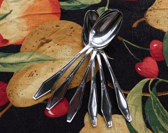 Vintage Holmes & Edwards Jamestown Silver Plate Spoons - Set of 6 - 1916 - from DustyMillerAntiques