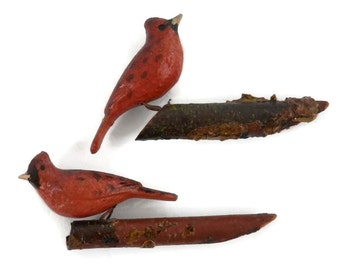 Pair Miniature Cardinal Bird Decoy Figurines of Log Branch Erzgebirge German Micro Miniatures for Fairy Gardens or Shadowbox