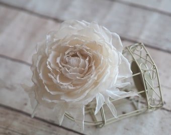Wedding Hair Clip, Ivory Hair Flower, Bridal Hair Flower Clip, Ivory Bridal Hair Accessory, Bridal Ivory Rose, Ivory Rose for Hair