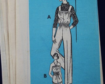 1970's Sewing Pattern for a Woman's Dungarees & Playsuit in Size 8 - 9336