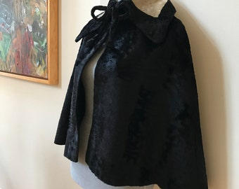 RARE 30s Opera Cape Cloak Black & White Crushed Velvet Art Deco Topper Uber Romantic Dramatic Silhouette NRA Blue Eagle Label
