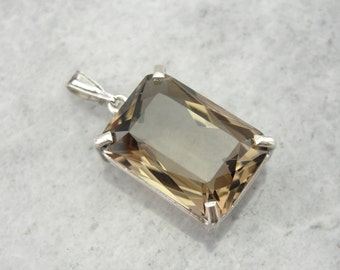 Smoky Quartz Pendant in Sterling Silver HE1M26-N