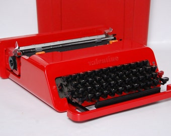 Olivetti Valentine Vintage Retro Red Typewriter Excellent Rare Needs Work