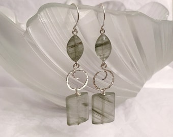 Garden quartz textured hammered sterling silver charm dangling earrings handmade with silver wire