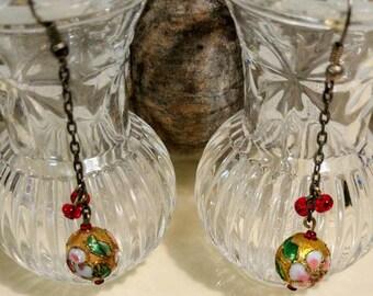 Vintage cloissone bead earrings. Drop dangle cloissone earrings.  Chain dangle czech cloissone earrings. Enamel earrings.