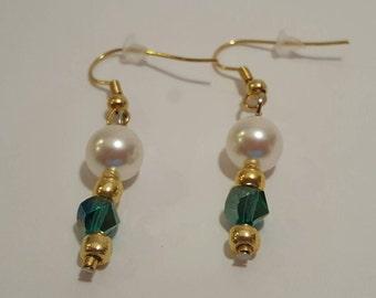 Green Swarovski and pearl dangle earrings
