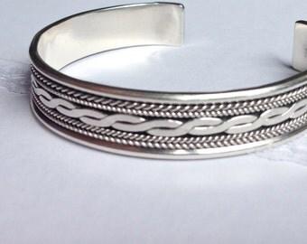 Massive Sterling Silver Barcelet .  Vintage . Cuff Brcelet