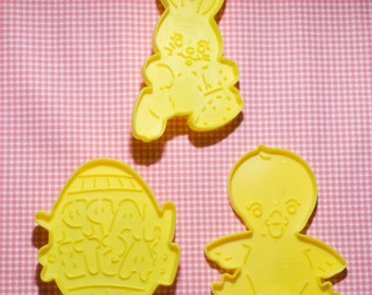 Collectable Wilton 3 Pc. Easter Cookie Cutter Set 1990 Hong Kong