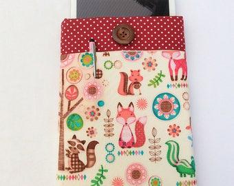 woodland Tablet sleeve / iPad case / foam protected fabric sleeve / Tablet case / protective cover for tablet / shock absorbent foam / fox