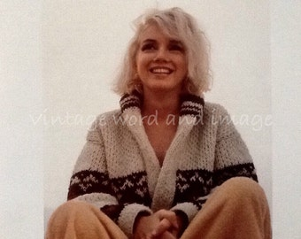 Marilyn Monroe Fishermans Sweater on Beach Book Plate Photo Art Print Vintage Lithograph Hollywood Publicity Norma Jeane Pinup Toussled Hair