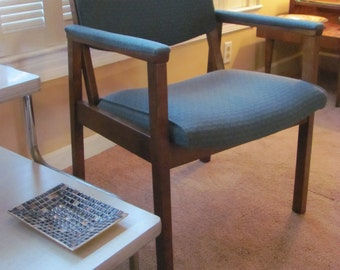 Mid Century Modern Angular Back Lounge Chair