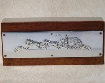 Hard to Find Kensington Aluminum and Wood Box Horses and Carriage Design