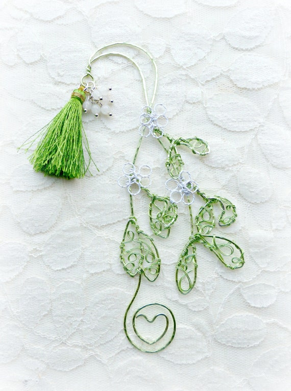Mistletoe wire bookmark  OOAK