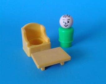 """Fisher Price Little People """" Man Arm Chair & Table """" 1970's"""
